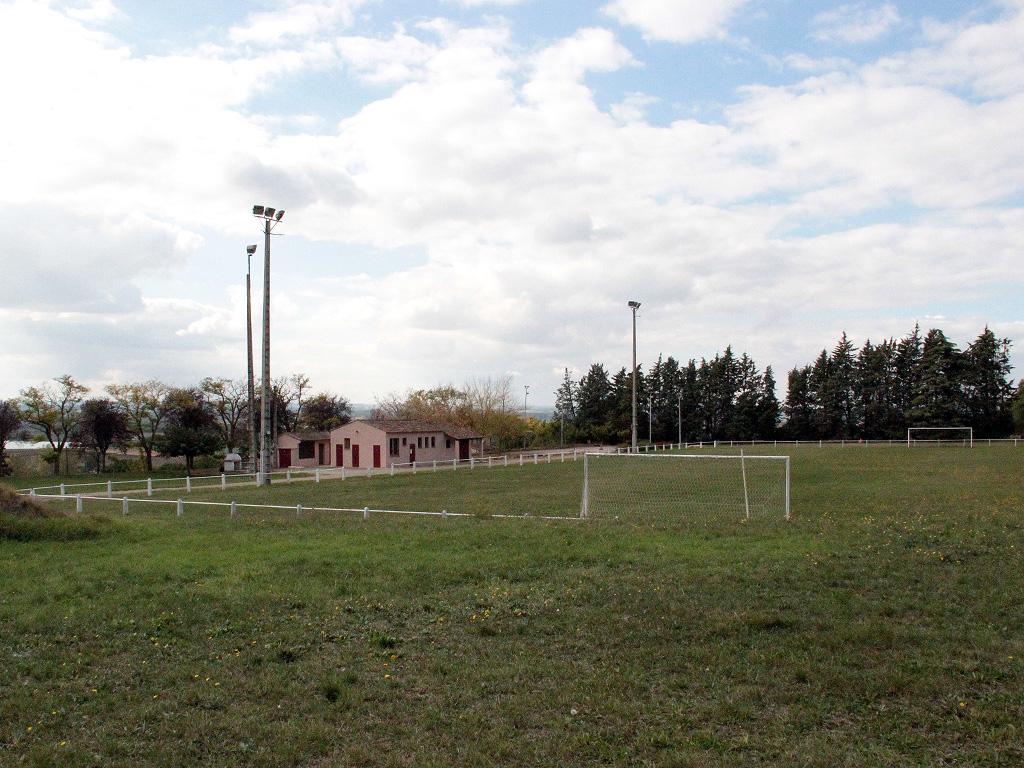 Le stade de Saint-Rustice