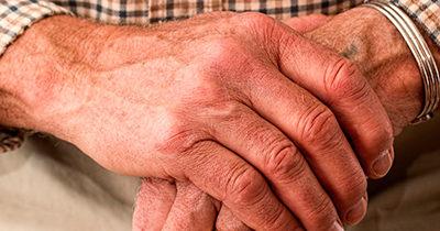 Aide à la personne pour les seniors